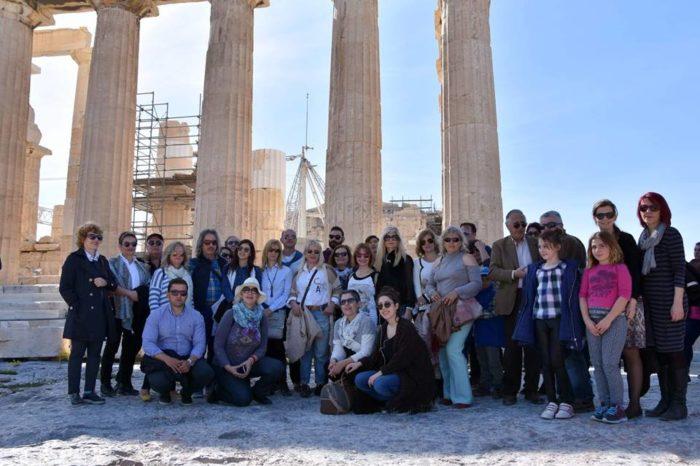 Η εταιρεία Πολιτισμού Χαλκίδας στο Μουσείο και τους αρχαιολογικούς χώρους της Ακρόπολης