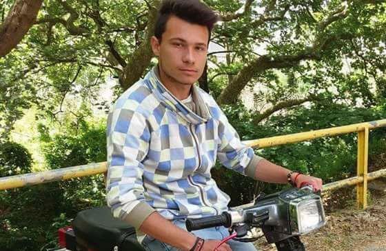«Θα κυνηγήσω τους γιατρούς»: Συγκλονίζει ο πατέρας του 18χρονου που χάθηκε άδικα στο Αγρίνιο