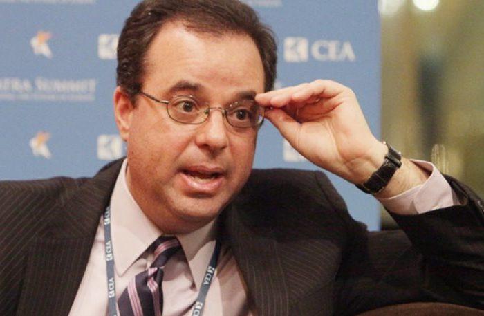 O Peter Spiegel των «Financial Times» για τις αυταπάτες των Ελλήνων πολιτικών και το πρόβλημα της Ελλάδας (video)