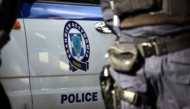 Μενίδι: Αστυνομικός τρυπήθηκε από σύριγγα φορέα του AIDS κατά τη διάρκεια ελέγχου