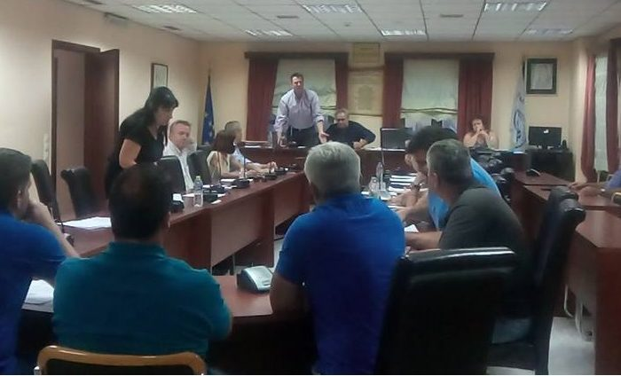 Κόντρα και διαφωνίες  στο Δημοτικό συμβούλιο για τις εκδρομές που διοργανώνει η ΔΗ.ΚΑ.ΔΙ.ΜΕ.