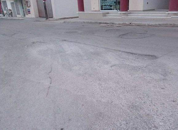 Γεμάτοι με επικίδυνες τρύπες οι δρόμοι στα Ψαχνά 21741376 732578473596072 1659879842 n