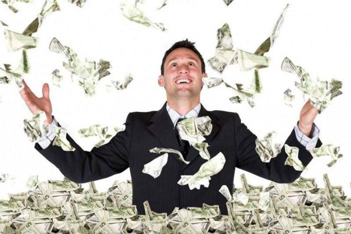Τζόκερ: Έγινε πλούσιος με 3 ευρώ – Ο υπερτυχερός από τον Άλιμο και το δελτίο που του άλλαξε τη ζωή (pics)