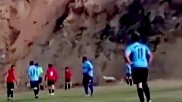 Ποδοσφαιριστές κυνηγούν προβατίνα στο τοπικό Τρικάλων! (video)