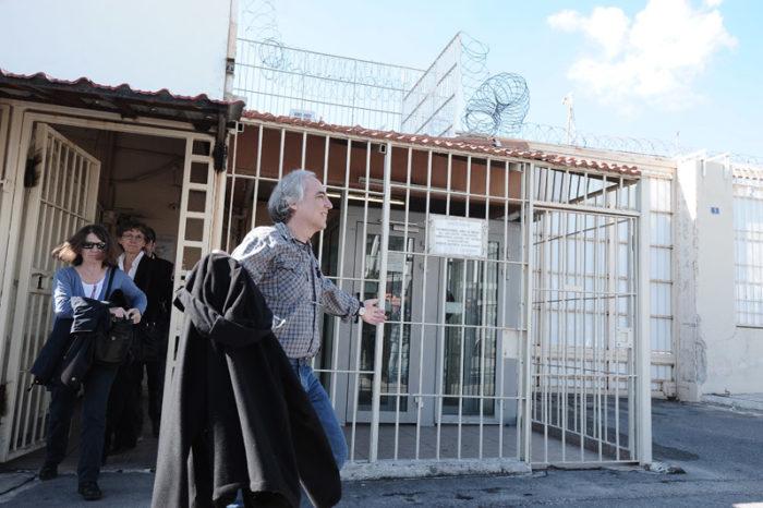 Βγήκε άνετος από τη φυλακή με 48ωρη άδεια ο Κουφοντίνας
