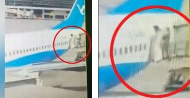 Αεροσυνοδός πέφτει στο κενό από την πόρτα αεροπλάνου (video)