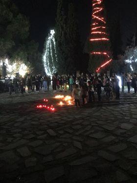 Άναψε το χριστουγεννιάτικο δένδρο στην Τριάδα 24550514 1521377424615280 410825251 n