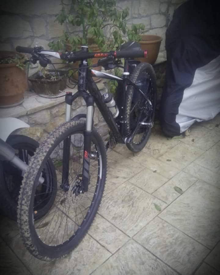 Ψαχνά: Πωλείται  ποδήλατο «Cube Acid»  σε τιμή ευκαιρίας ! 25323863 1754760168164941 1224072498 n