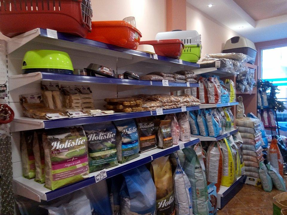 Ψαχνά: Ήρθε το νέο pet shop «Alleva» ! 26175562 776014345919151 792260644 n