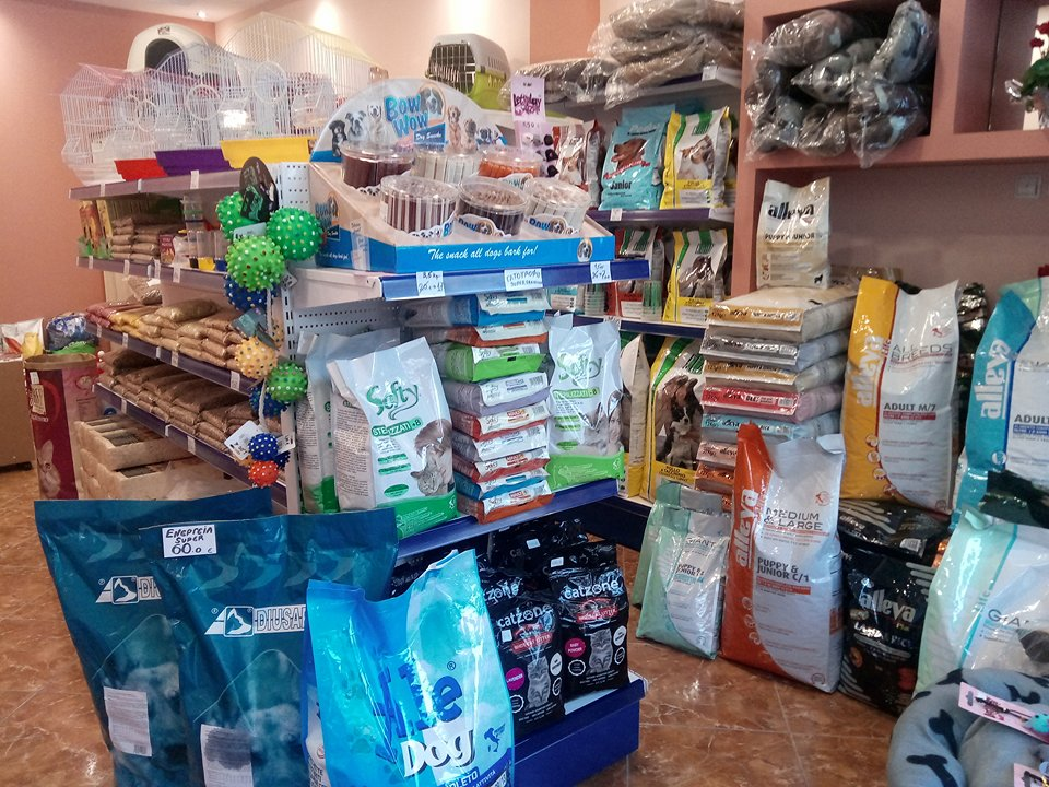 Ψαχνά: Ήρθε το νέο pet shop «Alleva» ! 26175833 776014369252482 721172004 n