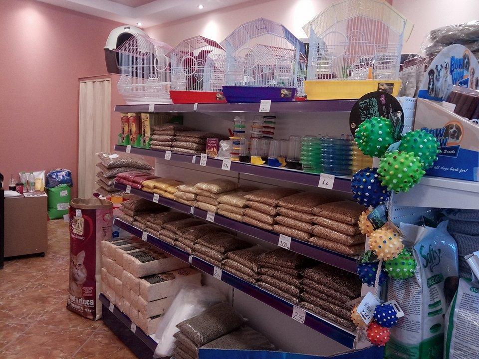 Ψαχνά: Ήρθε το νέο pet shop «Alleva» ! 26176723 776014382585814 1424762050 n