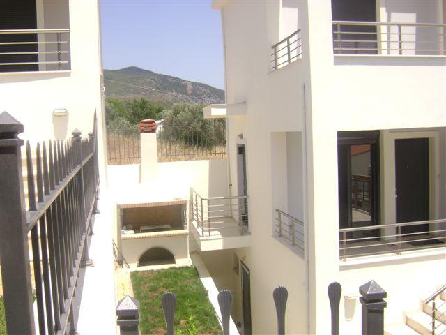 Πολιτικά Ευβοίας: Πωλείται εξοχική κατοικία σε χαμηλή τιμή DSC03174