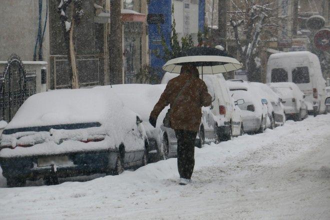 Έρχονται κρύο και χιόνια Τρίτη και Τετάρτη - Θα χιονίσει και στην Αττική