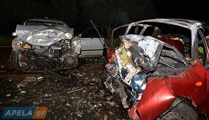 Σκληρές εικόνες: Τροχαίο στην Σπάρτη με δύο νεκρούς - Διαλύθηκαν τα αυτοκίνητα - ΒΙΝΤΕΟ