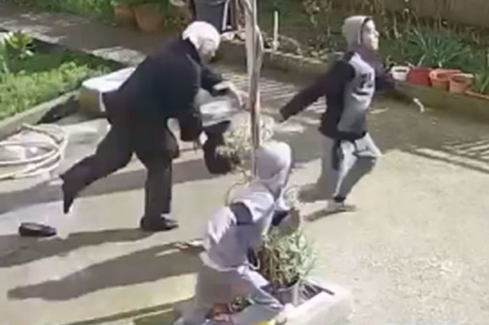 Ανήλικοι Ρομά επιτέθηκαν σε 82χρονη γιαγιά στην Σπάρτη για να την κλέψουν  (video)