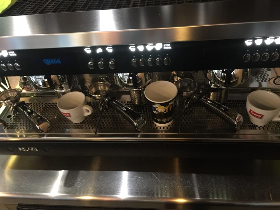«Comix Food & Coffee»: Tώρα κοντά σας καθημερινά και με...delivery ! 2 7  «Comix Food & Coffee» : Mαζί σας και πάλι από Δευτέρα 3 Σεπτεμβρίου ! 2 7