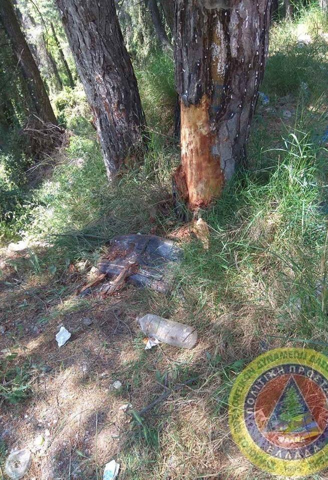 Τροχαίο δυστύχημα  με έναν νεκρό έξω από τα Ψαχνά (φωτογραφίες) 5 5