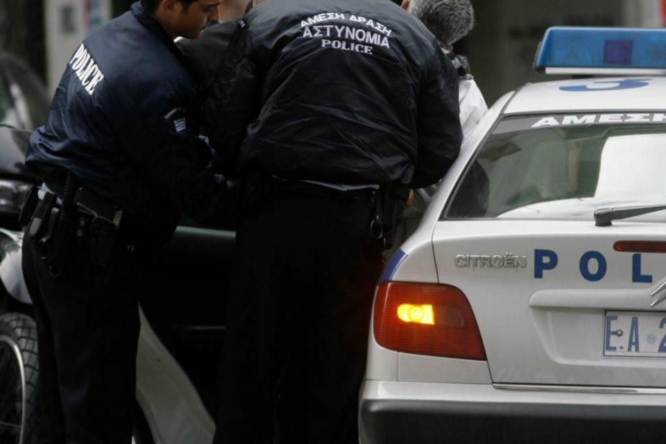 Ψαχνά:Συνελλήφθη νεαρός αλλοδαπός  για παράβαση του Κ.Ο.Κ.
