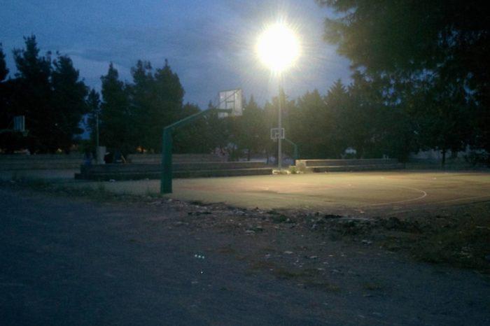 Oλοκληρώθηκε το έργο του φωτισμού των αθλητικών χώρων στην Τριάδα