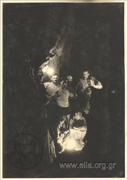 «Σπήλαια της Μεσσαπίας» 35844665 878017925718792 4714970502903365632 n
