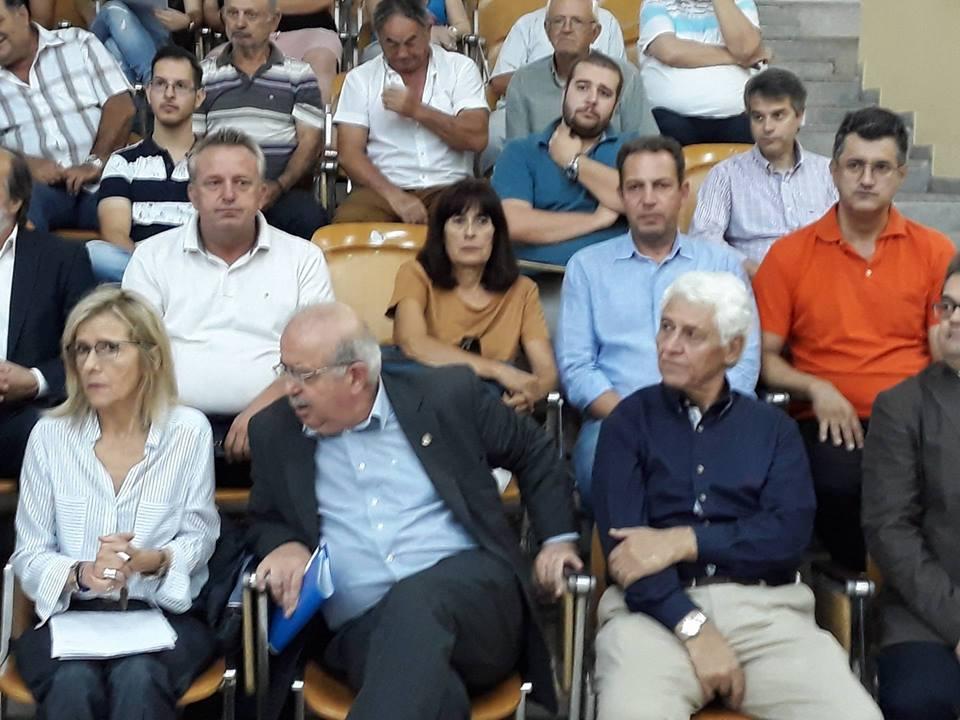 Ο Υπουργός Παιδείας Κώστας Γαβρόγλου στα Ψαχνά (φωτό) 36240544 1686667531453665 4567961761000456192 n