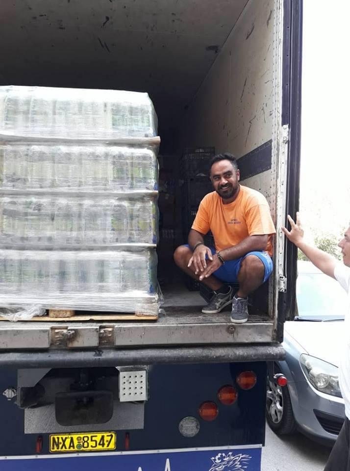 Δίπλα στους πυρόπληκτους οι κάτοικοι του Δήμου Διρφύων Μεσσαπίων.Συγκεντρώθηκε ένα φορτηγό με φάρμακα και είδη πρώτης ανάγκης  στα Ψαχνά (φωτογραφίες) 1 10