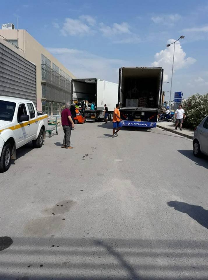 Δίπλα στους πυρόπληκτους οι κάτοικοι του Δήμου Διρφύων Μεσσαπίων.Συγκεντρώθηκε ένα φορτηγό με φάρμακα και είδη πρώτης ανάγκης  στα Ψαχνά (φωτογραφίες) 3 5
