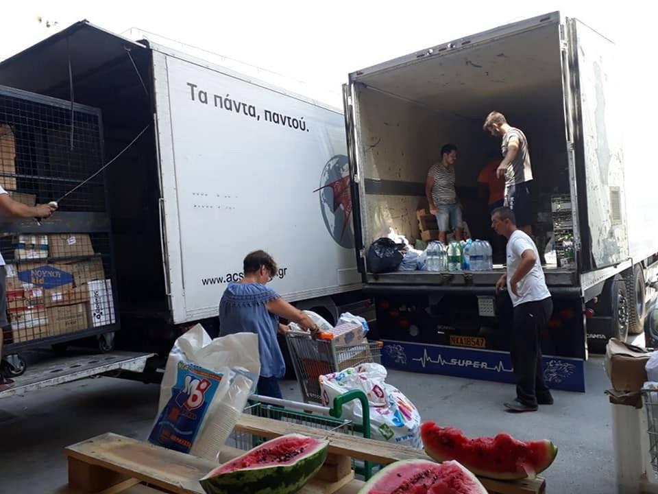 Δίπλα στους πυρόπληκτους οι κάτοικοι του Δήμου Διρφύων Μεσσαπίων.Συγκεντρώθηκε ένα φορτηγό με φάρμακα και είδη πρώτης ανάγκης  στα Ψαχνά (φωτογραφίες) 4 4