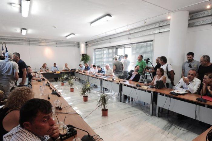 Ομόφωνο «φύγε» στον Ψινάκη από το Δημοτικό Συμβούλιο Μαραθώνα - Ψινάκης: Δεν παραιτούμαι
