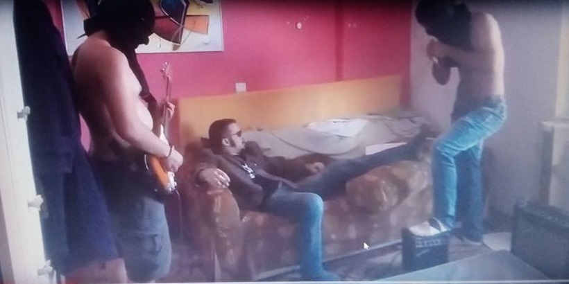 Punk συγκρότημα με τίτλο «Βούρκος Ψαχνών» ανεβάζει στο youtube τραγούδια για το ΤΕΙ και τα Ψαχνά και με την Ελληνική σημαία να καίγεται ! (video) 41399572 278260536123775 8728843571043500032 n