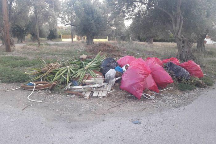 Πολιτικά: Οι κάτοικοι παραπονιούνται ότι ο Δήμος αργεί να μαζέψει τα σκουπίδια