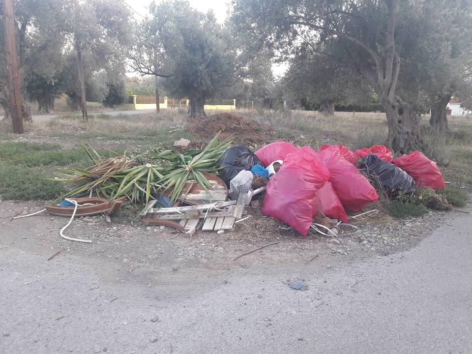 Πολιτικά: Οι κάτοικοι παραπονιούνται ότι ο Δήμος αργεί να μαζέψει τα σκουπίδια 41936466 2295775310708761 2683737953020149760 n