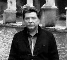 «Έφυγε» ο καθηγητής του Λυκείου Ψαχνών Γιάννης Βομβολάκης