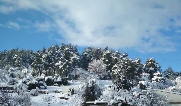Η χιονισμένη Μακρυκάπα (video)