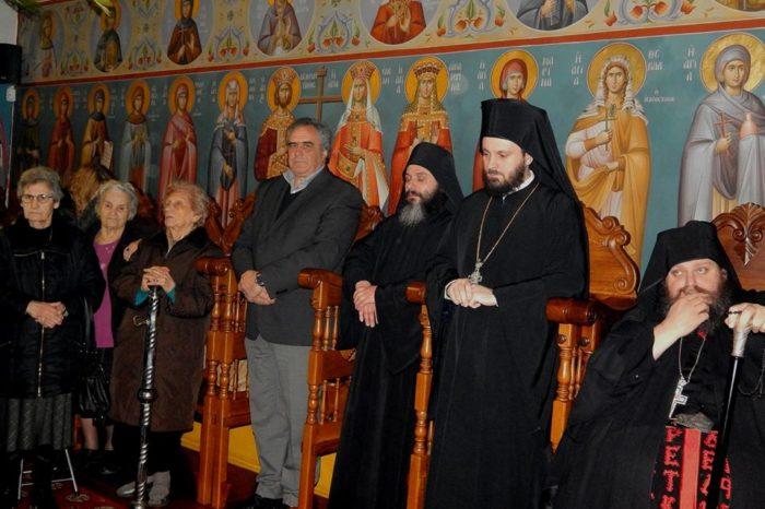 Εσπερινός στην μνήμη του Αγίου Παρθενίου στην Ιερά Μονή Μακρυμάλλης (φωτογραφίες)