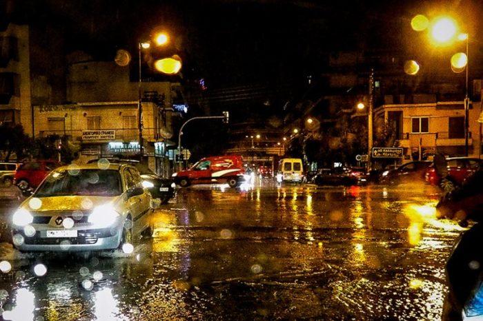 Έρχονται καταιγίδες: Δείτε πού αναμένεται σφοδρή νεροποντή