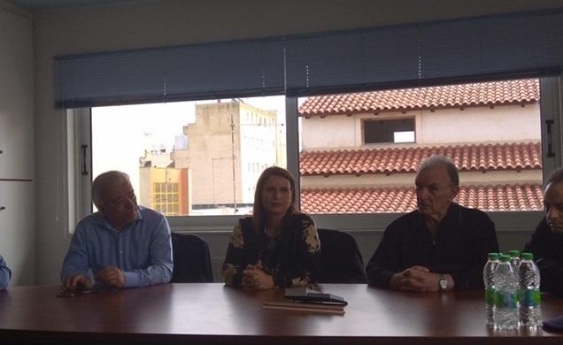Περιοδεία Κατερίνας Μπατζελή στη Χαλκίδα συνοδευόμενη απο τον Κώστα Τζαβάρα