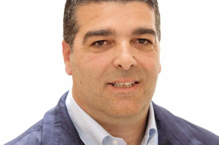 Ομιλία Υποψήφιου  Δημάρχου Διρφύων Μεσσαπίων Ανδρέα Κουλοχέρη  στην κεντρική πλατεία Ψαχνών (Τετάρτη 22 Μαίου 20:30)