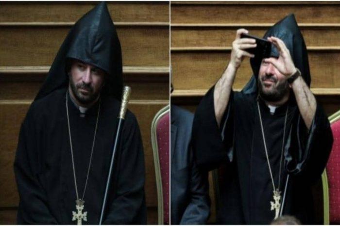 Αυτός είναι ο Ιερέας που «λάτρεψε» η Βουλή! Έβγαλε το κινητό και άρχισε τις Selfie την ώρα της Ορκωμοσίας