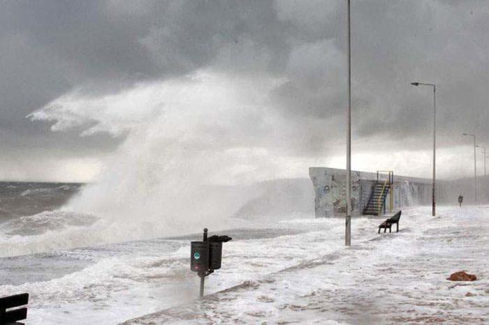 Έυβοια: Οδηγίες για την αντιμετώπιση των επικίνδυνων καιρικών φαινομένων