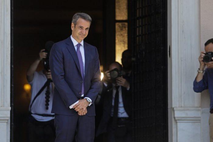 Νέος πρωθυπουργός ο Κυριάκος Μητσοτάκης: Η ορκωμοσία και η παραλαβή στο Μαξίμου από τον Τσίπρα
