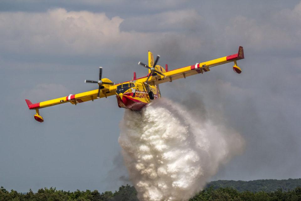 Αναζωπύρωση στα Καμπιά-Ξανά τα αεροπλάνα στα Ψαχνά !