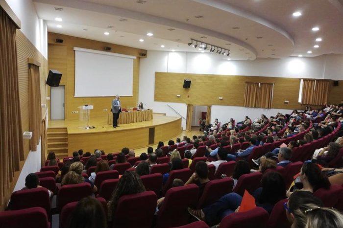 Συγκλονιστική παρουσία του Ψυχιάτρου Δ. Σούρα  σε εδήλωση για τον σχολικό εκφοβισμό