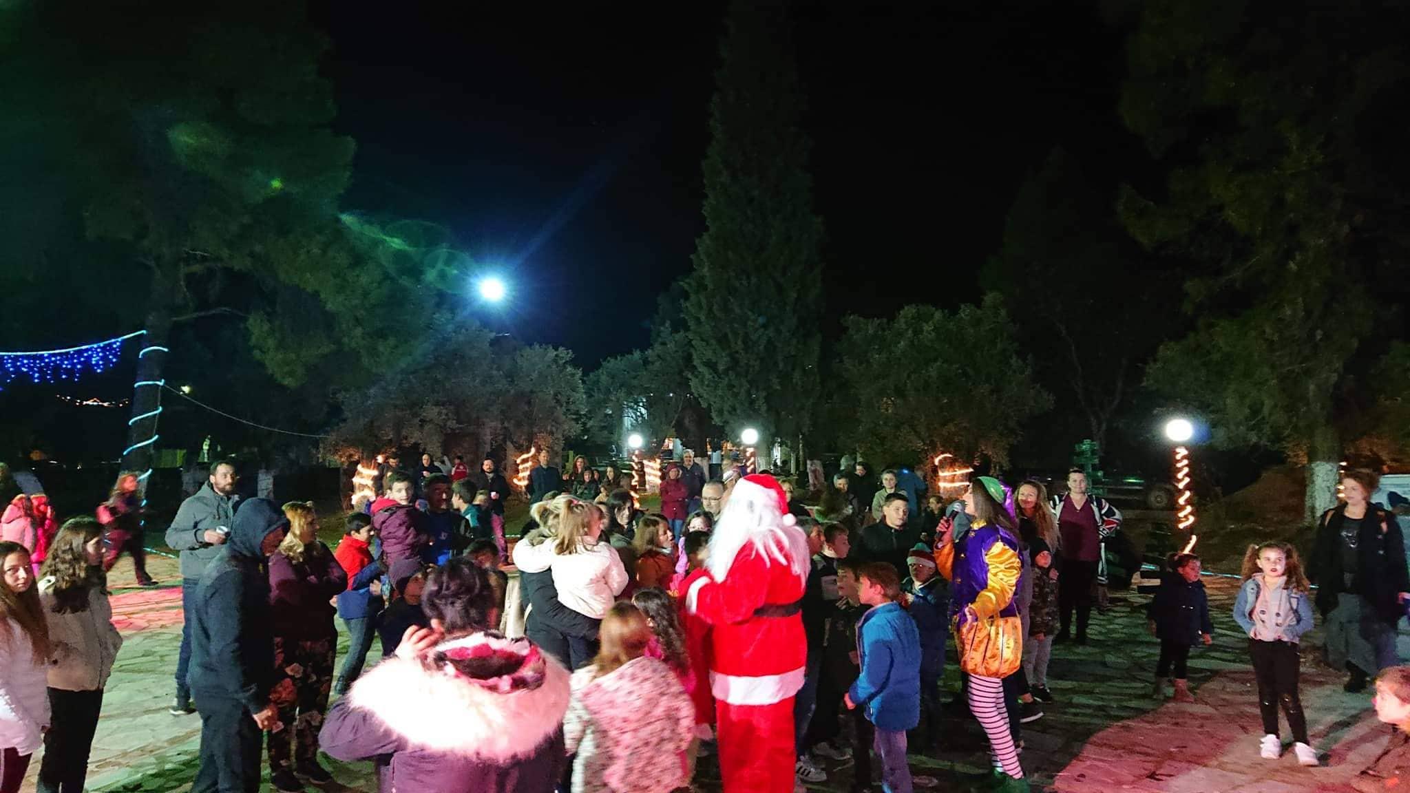 Πραγματοποιήθηκαν οι Χριστουγεννιάτικες εκδηλώσεις στην Τριάδα (φωτό) 73020297 1006066976424361 845021943471013888 n