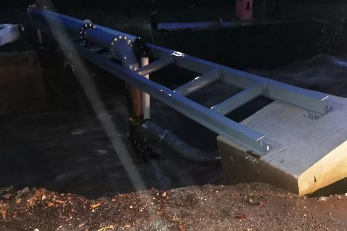 Ψαχνά:Εσπασε  ο κεντρικός αγωγός στο Νεκροταφείο από την υψηλή στάθμη του νερού-Κατέρρευσε ολόκληρη η κατασκευή-Χωρίς νερό Καστέλλα και Ψαχνά  (φωτογραφίες-video)