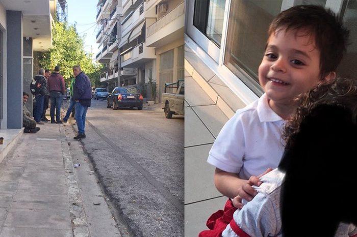 Τραγωδία στο Ίλιον: Το 2,5 ετών αγόρι προσπάθησε να βγει από το κρεβάτι στο οποίο εγκλωβίστηκε