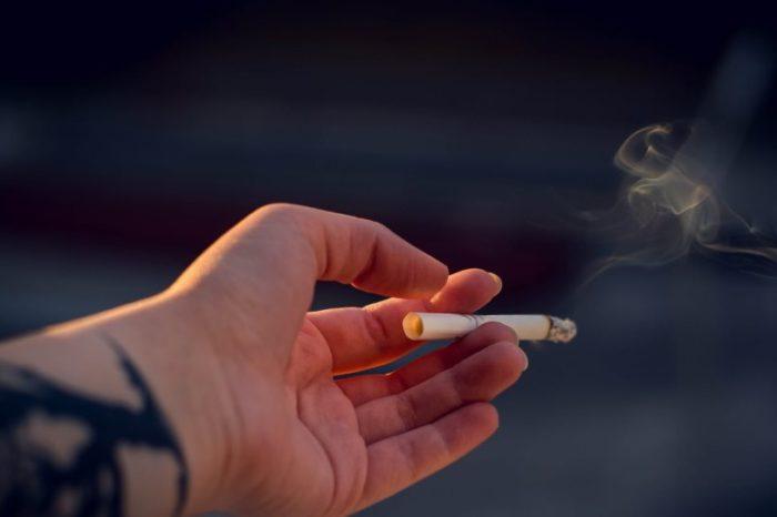 Αντικαπνιστικός νόμος: Πού έπεσαν πρόστιμα - Συμμορφώνεται το 76% των καταστημάτων