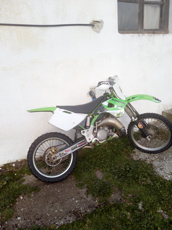 Πωλείται Kawasaki KX 125 σε καλή τιμή 2 17