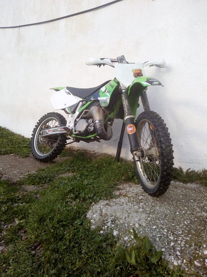 Πωλείται Kawasaki KX 125 σε καλή τιμή 4 8