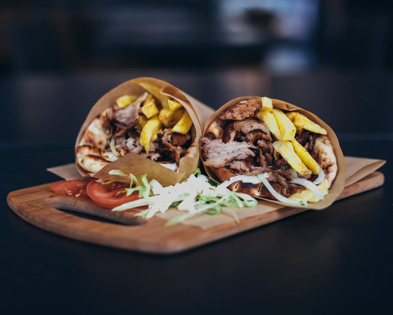 Ψαχνά: Άνοιξε το Grill House «Στο Ψαχνό» giros 2